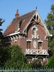 Ancienne école ménagère du quartier d'Arenberg - French photographer and Wikimedian