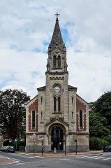 Temple protestant - Français:   Le temple de l\'église réformée de France de  Lille Nord (département français)