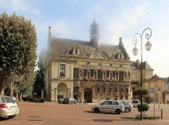 Hôtel de ville - English: Noyon, the town hall