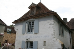 Ancienne auberge de Moisy - This building is indexed in the Base Mérimée, a database of architectural heritage maintained by the French Ministry of Culture, under the reference PA61000030 .