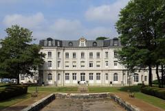 Hôtel de ville, ancien château Mercier et habitation du directeur de la compagnie des mines de Béthune - Nederlands: Mazingarbe (departement Pas-de-Calais, Frankrijk): het voormalige kasteel Mercier, thans gemeentehuis