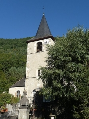 Eglise Saint-Michel - This building is indexed in the Base Mérimée, a database of architectural heritage maintained by the French Ministry of Culture,under the reference PA65000009 .