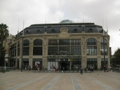 Ancien magasin Aux Dames de France - Català: Antic magatzem Aux Dames de France, a la plaça de Catalunya de Perpinyà, avui FNAC