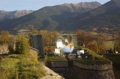 Four solaire de Mont-Louis - Català: Forn solar de Montlluís