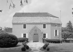 Presbytère protestant Saint-Paul de Koenigshoffen -  Augustus Lutheran Church, 717 West Main Street, Trappe (Montgomery County, Pennsylvaina)(cropped)