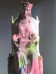 Eglise catholique Saint-Etienne -  Alsace, Bas-Rhin, Seltz, Église Saint-Étienne (PA67000069, IA67007467): Statue de Sainte-Adelaïde, abbesse de Seltz (coloration par les verrières).