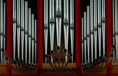 Eglise catholique Saint-Etienne -   Alsace, Bas-Rhin, Seltz, Église Saint-Étienne (PA67000069, IA67007467).    Orgue de Curt Schwenkedel (1968): http://decouverte.orgue.free.fr/orgues/seltz
