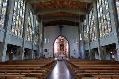 Eglise catholique Saint-Etienne -  Alsace, Bas-Rhin, Seltz, Église Saint-Étienne (PA67000069, IA67007467): Vue intérieure de la nef reconstruite vers le chœur.