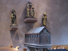 Château - Alsace, Bas-Rhin, Église Saint-Trophime d'Eschau (PA00084707, IA00023089).  Châsse de Sainte-Sophie (XIVe):       This object is classé Monument Historique in the base Palissy, database of the French furniture patrimony of the French ministry of culture,under the referencesPM67000076 and IM67000135. brezhoneg| català| Deutsch| English| español| français| italiano| magyar| македонски| Plattdüütsch| português| suomi| +/−  Statue de St-Christophe portant l'enfant Jésus (1500):       This object is classé Monument Historique in the base Palissy, database of the French furniture patrimony of the French ministry of culture,under the referencesPM67000072 and IM67000131. brezhoneg| català| Deutsch| English| español| français| italiano| magyar| македонски| Plattdüütsch| português| suomi| +/−  Groupe sculpté de Sainte-Sophie avec ses trois filles (1470):       This object is classé Monument Historique in the base Palissy, database of the French furniture patrimony of the French ministry of culture,under the referencesPM67000074 and IM67000130. brezhoneg| català| Deutsch| English| español| français| italiano| magyar| македонски| Plattdüütsch| português| suomi| +/−  Statue de Saint-Rémi (XVe):       This object is classé Monument Historique in the base Palissy, database of the French furniture patrimony of the French ministry of culture,under the referencesPM67000073 and IM67000126. brezhoneg| català| Deutsch| English| español| français| italiano| magyar| македонски| Plattdüütsch| português| suomi| +/−