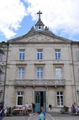 Hôtel Dieu - Français:   Hôtel-Dieu de Gray, 87 Grande-Rue (Inscrit, 2000)