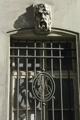Ancien hôtel Rivié - Deutsch: Hôtel Rivié, 30, Rue du Sentier im 2. Arrondissement von Paris, Maskaron (Grüner Mann)