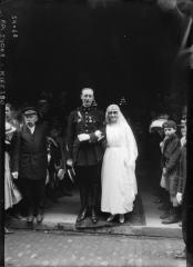 Eglise Saint-Pierre de Chaillot - English: Mariage d'Isabelle Hennessy avec le capitaine Jean de Geoffre de Chabrignac (1889-1971), à l'église Saint-Pierre-de-Chaillot (26 mai 1919)