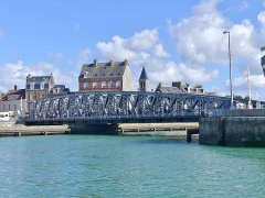 Pont Colbert - English:   Sight, from the harbour, of the Pont Colbert swing bridge, in Dieppe, Normandy, France.