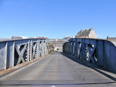 Pont Colbert - English:   Sight of the Pont Colbert swing bridge, in Dieppe, Normandy, France.