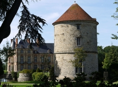 Château - English: Castle of la Houssaye en Brie, Seine et Marne, Ile de France
