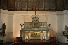 Hôpital Saint-Louis - English:   Saint-Louis hospital\'s chapel located 4 Baronne-Gérard street in Saint-Germain-en-Laye, France.