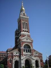 Basilique de Notre-Dame-de-Brébières - Català: Albert (Somme, França): Basílica de la Mare de Déu de Brébières. 15 de juliol de 2006.