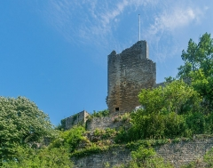 Château - English: Ancient royal Castle of Caylus, Tarn-et-Garonne, France