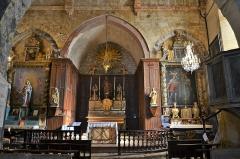 Domaine de la Queyrelle, à Montfavet - Église Saint-Martin d'Ansouis perron