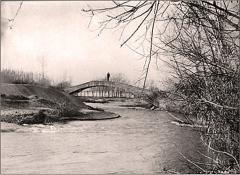 Pont aqueduc de la Canaù, ouvrage d'art du canal Saint-Julien sur la rivière le Coulon, situé au quartier Entre-Deux-Vallats - Français:   Cavaillon Pont aqueduc de la Canaù