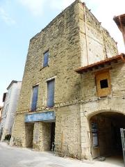 La Tour d'Argent - Français:   La Tour d\'Argent de L\'Isle-sur-la-Sorgue