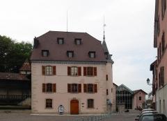 Maison Lourdel, actuel Hôtel de ville - Français:   La maison Feltin, aujour\'hui l\'hôtel de ville de Delle