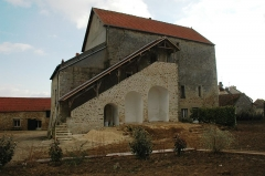 Maison forte de la ferme du Colombier - English: Photo of the jail house of Aincourt from 12th century