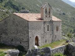 Chapelle Saint-Etienne - Français:   Gréolières - Chapelle Saint-Étienne vue depuis le château de Hautes-Gréolières