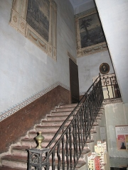 Hôtel d'Adhémar de Lantagnac - English: Indoor stairs in the hôtel d'Adhémar de Lantagnac in Menton (Alpes-Maritimes, France).