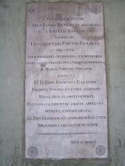 Ancienne abbaye de Saint-Pons, actuellement hôpital Pasteur - Français:   Plaque commémorative scellée dans la façade de l\'église de l\'abbaye de \