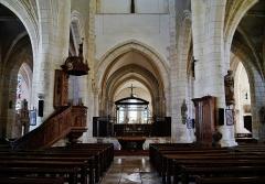Eglise - Deutsch: Langhaus der Kirche St. Johannes der Täufer, Chaource, Département Aube, Region Champagnes-Ardenne (heute Großer Osten), Frankreich