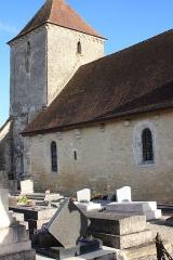 Eglise - Français:   Courtenot, la nef vue du Nord-Ouest