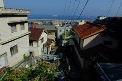 Eglise - 日本語: 2016-08-05 Kami Island (Mie) 神島民家・路地  三島由紀夫が滞在した漁業組合長寺田邸  『潮騒』