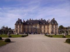 Château de la Motte-Tilly - English: Château de La Motte-Tilly, view from south