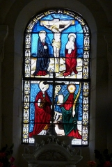 Eglise Saint-Hubert - Deutsch: Katholische Kirche Saint-Hubert in Pars-lès-Chavanges im Département Aube (Champagne-Ardenne/Frankreich), Bleiglasfenster von 1509; Darstellung: Kreuzigungsgruppe (oben), hl. Hubertus und hl. Tanche (unten)