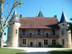 Manoir des Tourelles - English: The photo was taken in front of the manoir at Rumilly