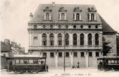 Abbaye Saint-Loup - English: Electric tram in Troyes (Aube - France), vintage postcard published by