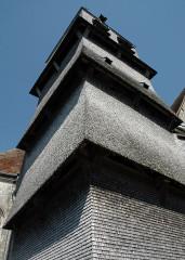 Eglise de l'Assomption de la Vierge - Deutsch: Schindelgedeckter Glockenturm der Kirche von Villemaur-sur-Vanne