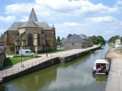 Eglise Saint-Jacques -  Le Chesne (Ardennes, Fr), church and Canal des Ardennes