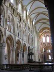 Eglise abbatiale Notre-Dame - Nef Abbatiale Mouzon Ardennes France