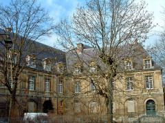 Château-Bas, à l'entrée de la citadelle - Français:   Sedan - Château Bas - Façade côté cour