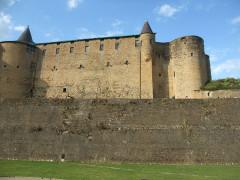Château-haut - Deutsch: Burg Sedan