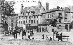 Maison dite du Gros Chien - Français:   Rue du Ménil les Gros-Chiens.