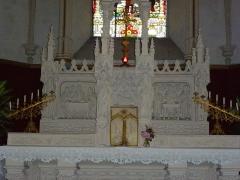 Eglise - English: Église Saint-Nicolas de Signy-le-Petit, autel