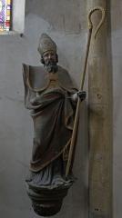 Eglise - Français:   statue de Martin .