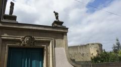 Ancienne manufacture de draps - Français:   Vue sur la Manufacture de draps Cunin-Gridaine, sa statue et le château .