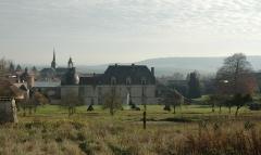Château - Deutsch: Schloss Etoges Hauptgebäude Vorderansicht