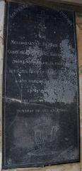 Eglise Notre-Dame-du-Soldat - Français:   Hans (Marne, France), église Notre-Dame-du-Soldat, plaque funéraire d\'Elzéar Du Val, comte de Dampierre, baron de Hans, mort le 22 juin 1791.