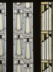 Bibliothèque Carnégie - English: Detail of the Stained glass in the reading room of the Carnegie Library in Rheims, France