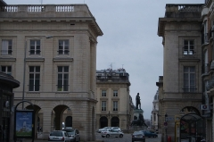 Hôtel des postes - Français:   perspective de la place royale_de Reims_vue d\'est ouest.